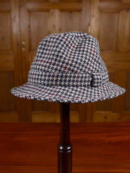 18/0500 vintage lock & co pure cashmere houndstooth check hat 56cms