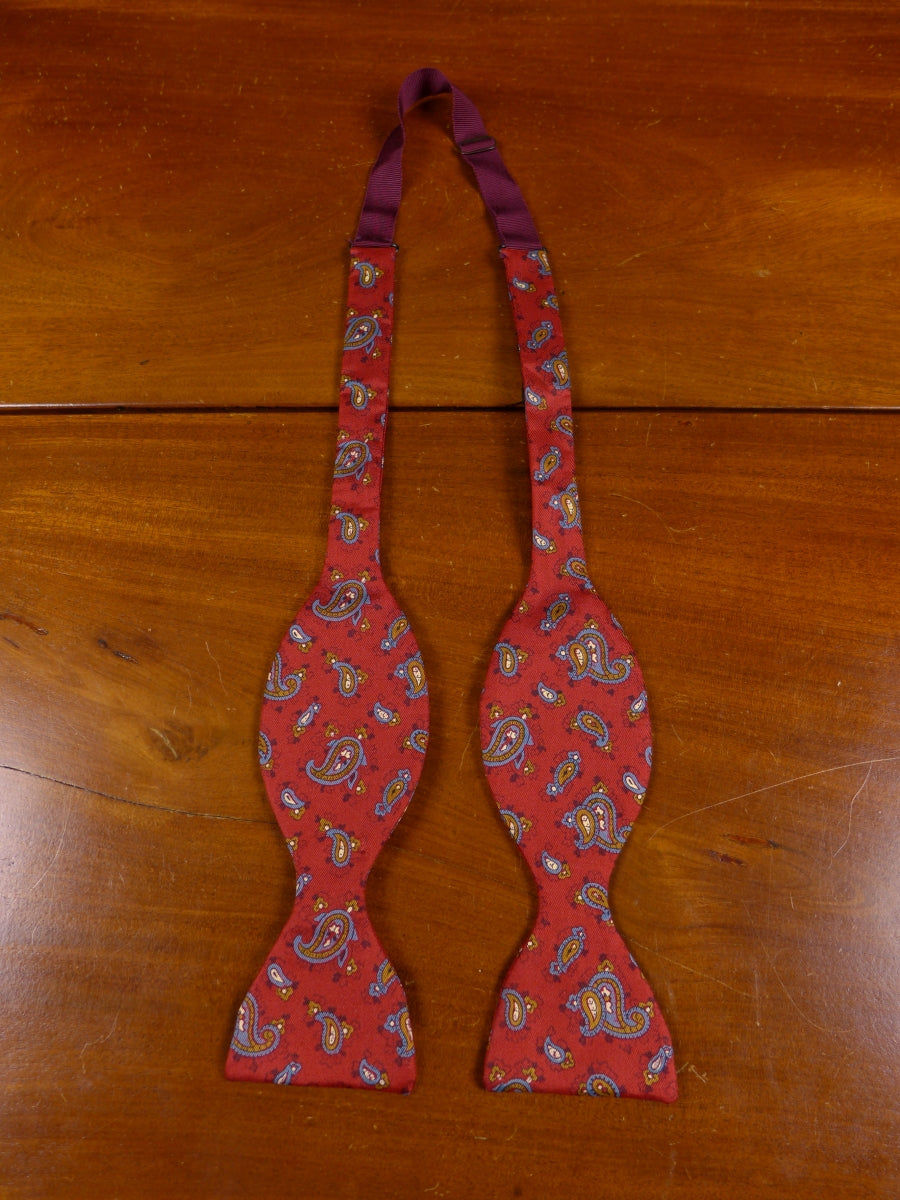 18/1466 quality vintage all silk red paisley self-tie bow tie one size