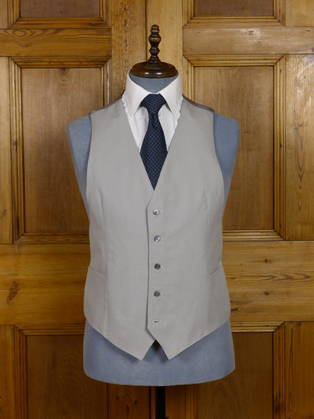 NEW 100% WOOL LIGHTWEIGHT S/B DOVE GREY MORNING WAISTCOAT - SMALL & MEDIUM SIZES