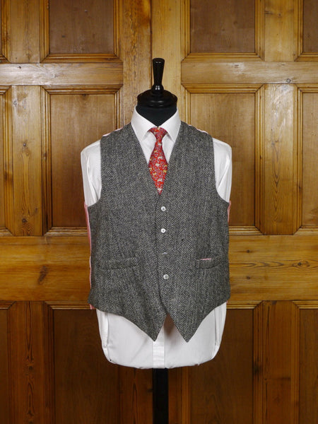 2306/12 'UPCYCLED' VINTAGE HARRIS TWEED CLOTH COUNTRY WAISTCOAT 38 regular