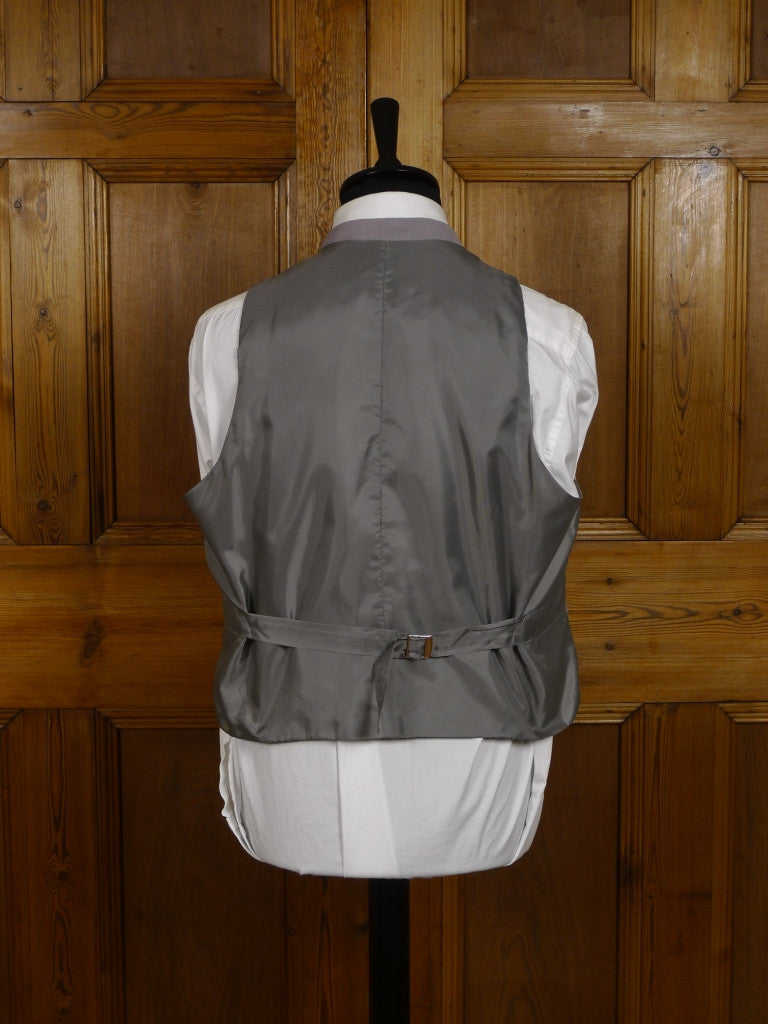 NEW 100% WOOL D/B LIGHTWEIGHT DOVE GREY MORNING WAISTCOAT - LARGE & XL SIZES
