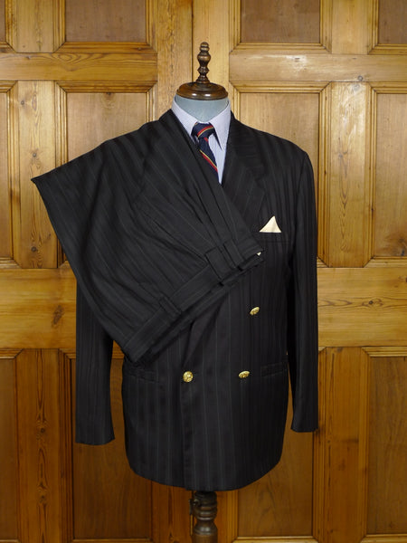 17/1729 (pt) vintage gianni versace navy blue / black w/ white pin-stripe d/b suit 42 regular