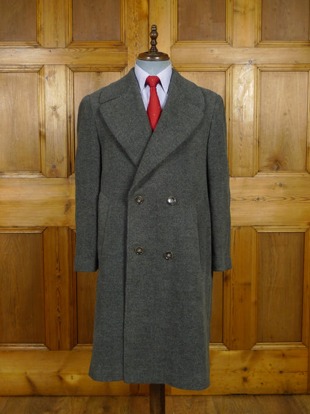 17/1944 near immaculate 1950s vintage heavyweight grey d/b wool overcoat 40-42