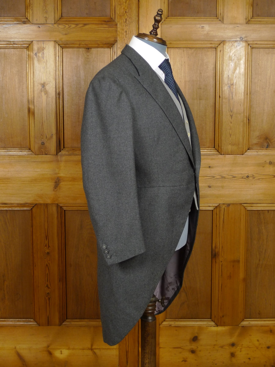 17/2006 vintage belgian bespoke tailored grey worsted morning coat 40-41 short