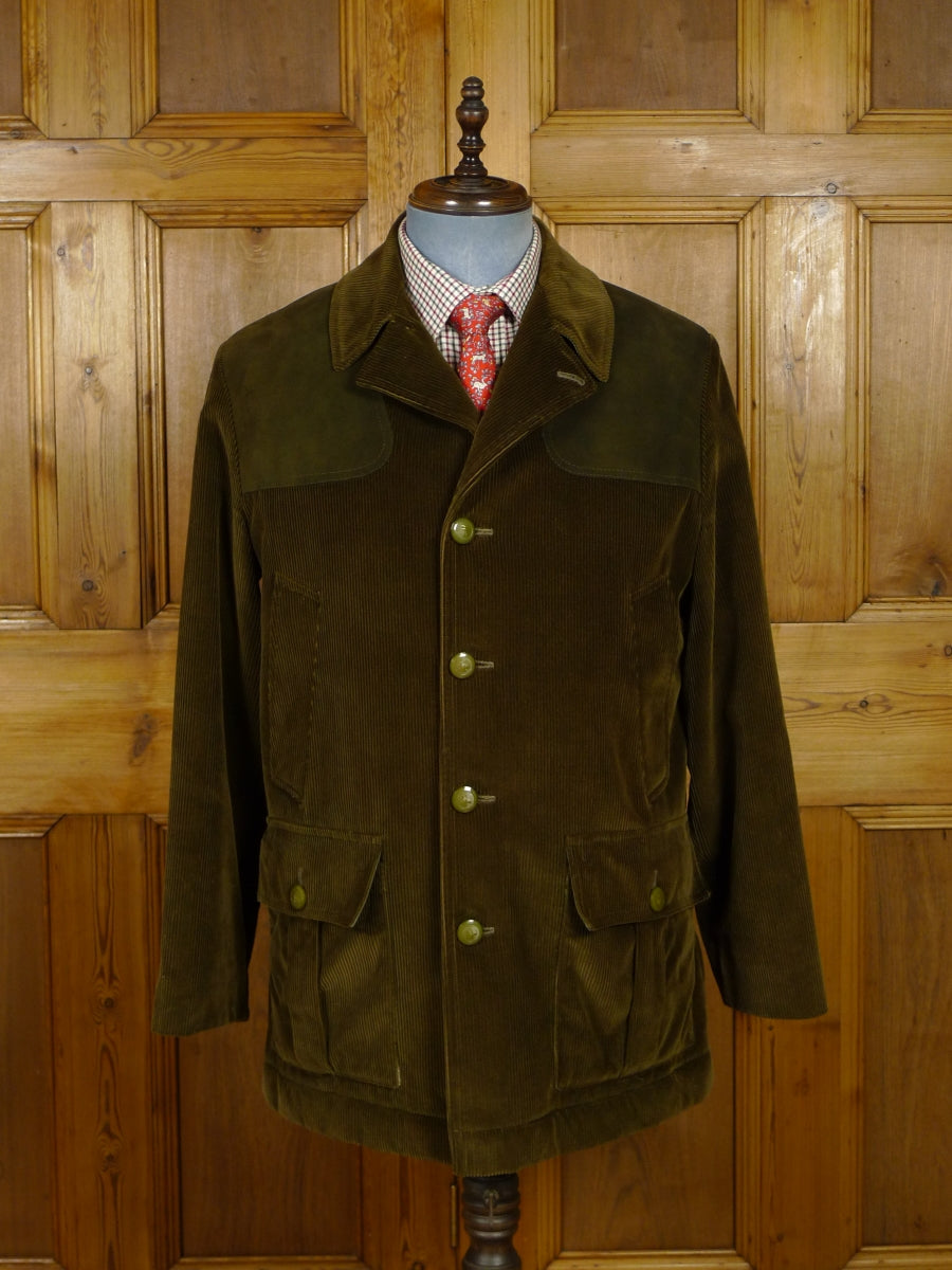 17/2043 immaculate vintage invertere green corduroy shooting / field jacket w/ suede patches & fleece lining 40 regular