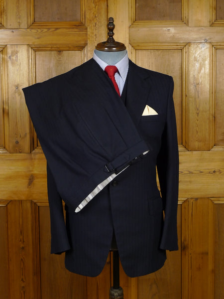 17/2046 (dc) vintage 1987 huntsman savile row bespoke navy blue herringbone worsted 3-piece suit 38 regular