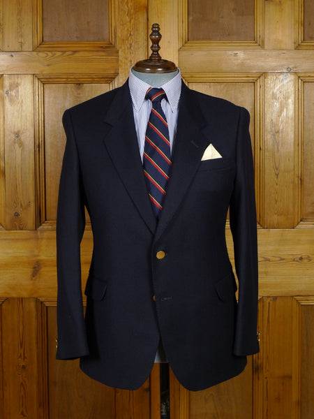 17/2049 immaculate vintage british navy blue worsted blazer w/ gold buttons 40-41 short