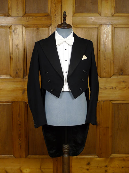17/2050 wonderful 1934 vintage london sw1 bespoke black barathea / marcella silk evening tailcoat 40 short