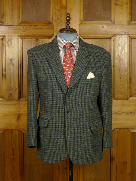 17/2070 near immaculate modern green houndstooth check harris tweed jacket 42 short