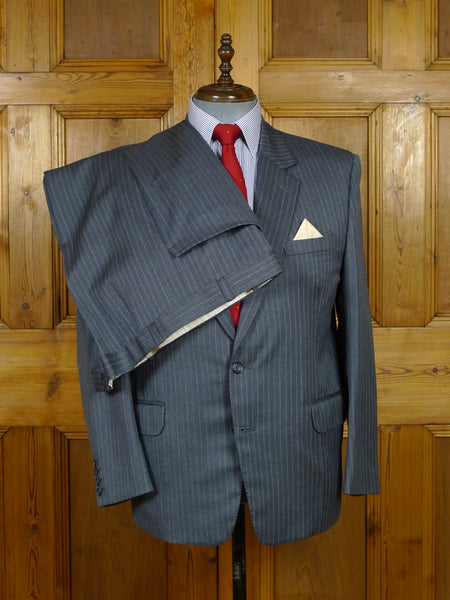 17/2076 (pt) vintage bespoke tailored holland & sherry savile row cloth grey / blue multi-stripe wool suit 42-43 short