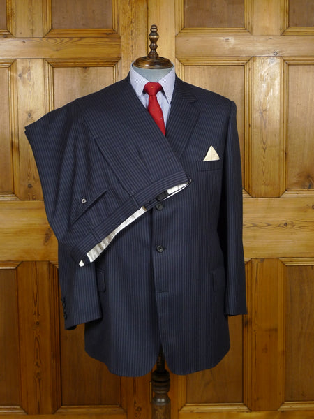 17/2207 (dc) near immaculate 2005 henry poole savile row bespoke navy blue pin-stripe d/b worsted suit 42 regular to long