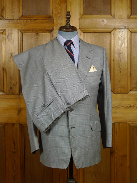 17/2319 vintage savile row bespoke grey / royal blue prince of wales check wool suit 39 regular