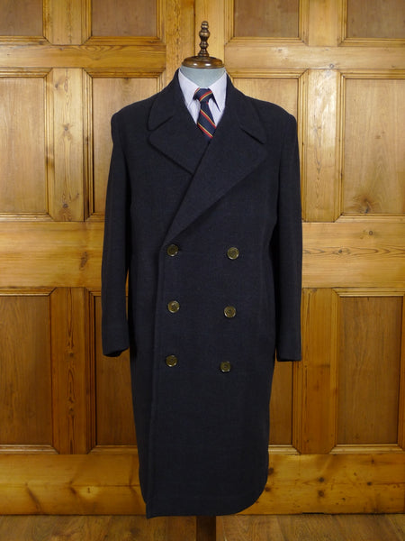 18/0033 superb genuine 1940s vintage heavyweight dark blue windowpane check d/b wool overcoat 40-42 regular
