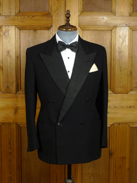 18/0090 genuine 1940s vintage black barathea wool d/b dinner jacket 39 short