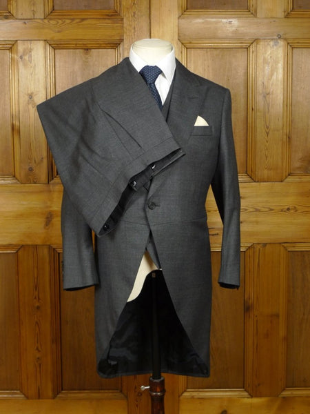 18/0154 stunning near immaculate dege & skinner savile row bespoke dark grey pick weave 3-piece luxury worsted morning suit 37 short
