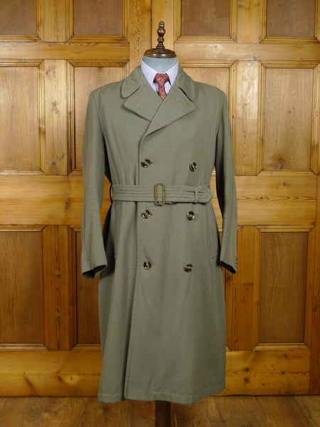 18/0183 wonderful genuine 1940s WW2 era (CC41 Utility Mark) green gabardine d/b full-length trenchcoat raincoat mac 41-42