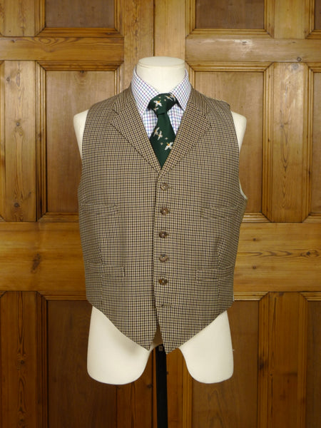 18/0192 vintage 1961 savile row bespoke brown / green gun check worsted country waistcoat 40 short
