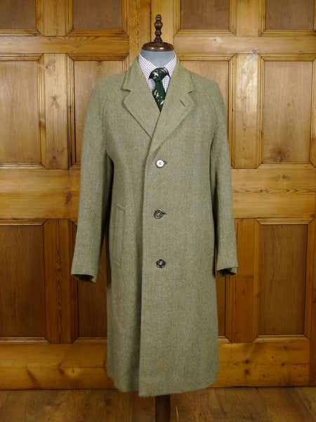 18/0200 wonderful genuine 1940s 1950s vintage heavyweight green harris tweed raglan coat overcoat 40 regular to long