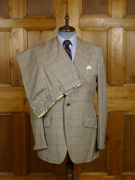 18/0288 delightful vintage aquascutum london fine check canvassed wool suit w/ flared leg 41 long