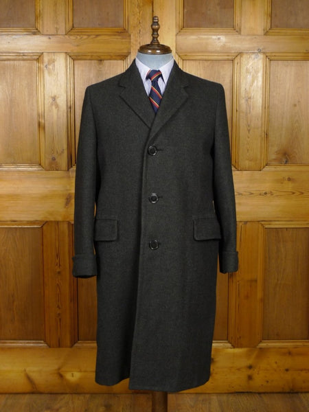 18/0768 immaculate vintage 1960s heavyweight grey crombie wool overcoat w/ gauntlet cuff 40