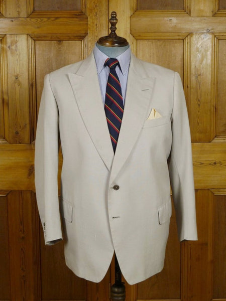 18/0782 vintage savile row bespoke beige silk sports jacket blazer made for Prince Rupert zu Lowenstein (Rolling Stones manager) 46-47 short to regular