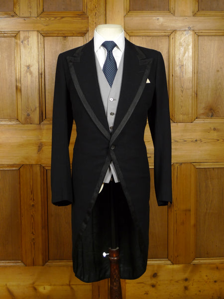 18/0944 wonderful vintage n h chapman savile row bespoke morning coat w/ grosgrain trims 35-36 long