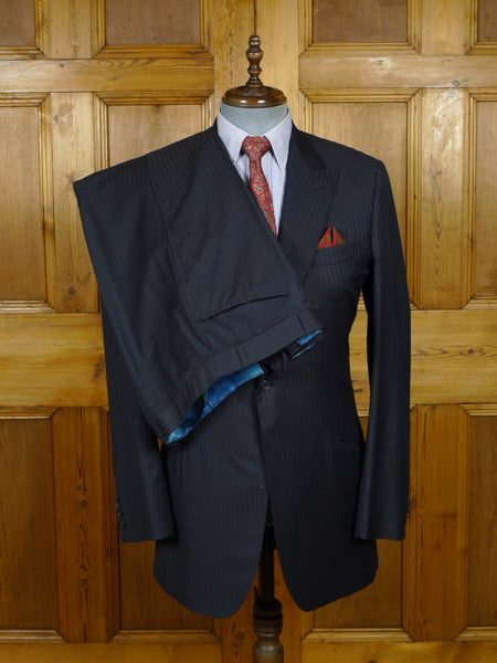 18/0963 distinctive pogson & davis savile row bespoke black & blue candy stripe wool suit w/ contrast linings 40 long