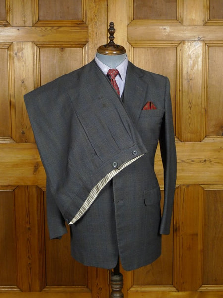18/1238 vintage 1974 welsh & jefferies savile row bespoke grey / blue check 3-piece worsted suit 39 regular to long