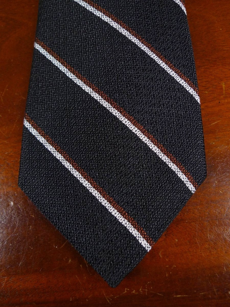 18/1338 brand new benson & clegg 'old mill hill' old school non crease silk tie rrp £65 (417nc)