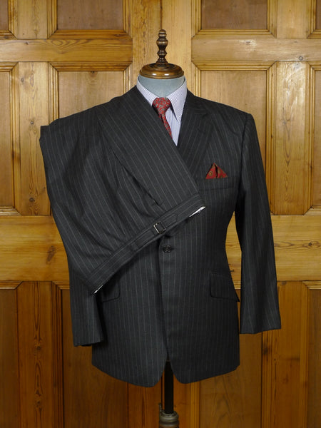 18/1376 immaculate 2015 henry poole savile row bespoke grey rope-stripe wool city suit 39-40 short
