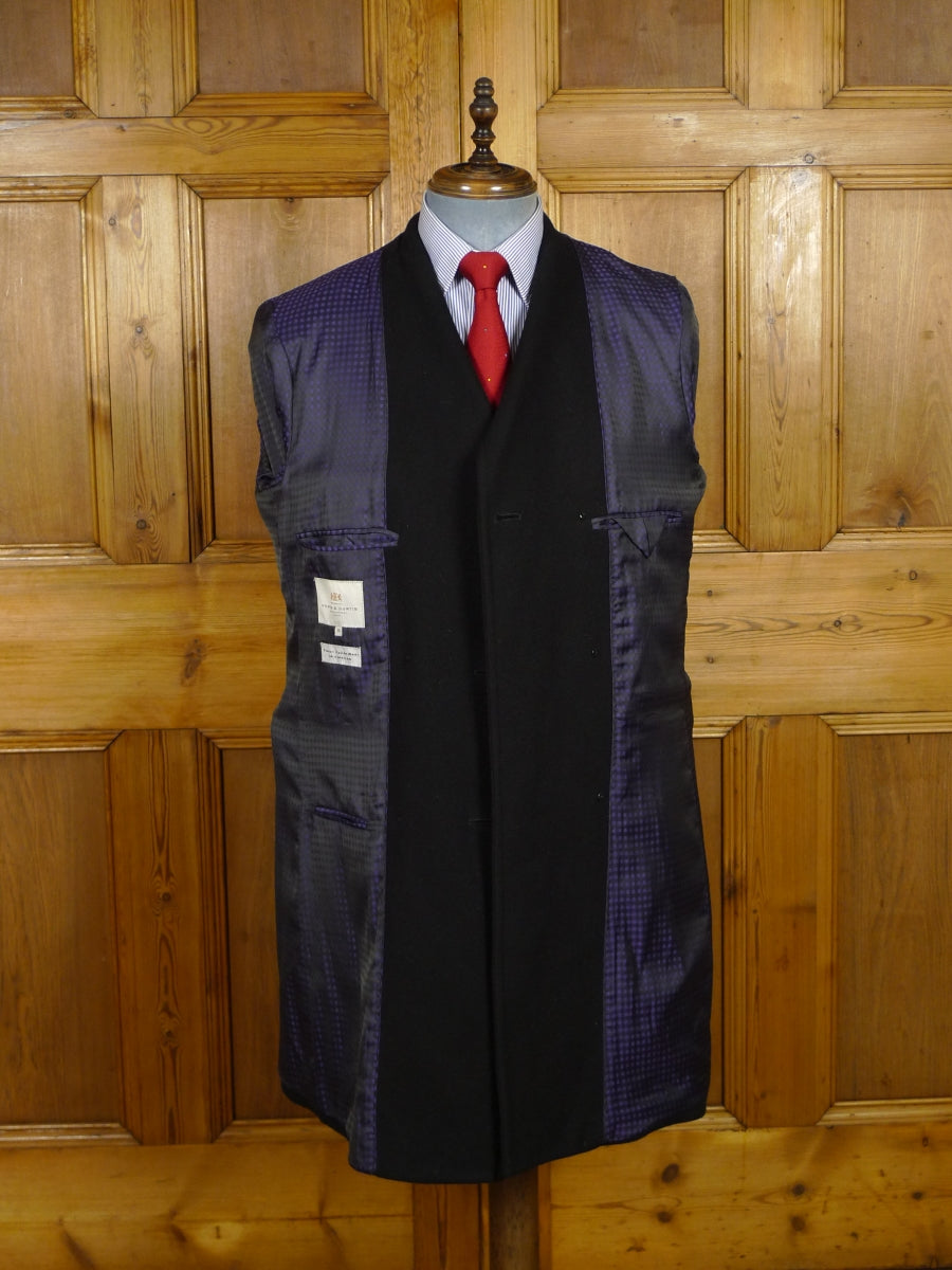 18/1510 immaculate hawes & curts jermyn street black italian wool mix overcoat w/ contrast linings 40