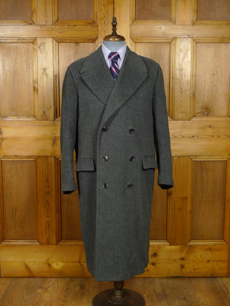 18/1515 exceptional 1950s vintage heavyweight french tailored d/b fine check wool overcoat 46 long
