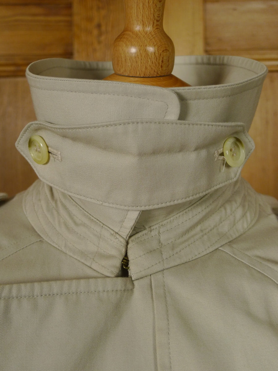 18/1193 ladies vintage burberry cream cotton d/b trenchcoat raincoat mac UK 14 long