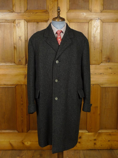 18/1520 immaculate vintage 1960s heavyweight belgian tailored dark grey herringbone tweed overcoat w/ gauntlet cuff 46