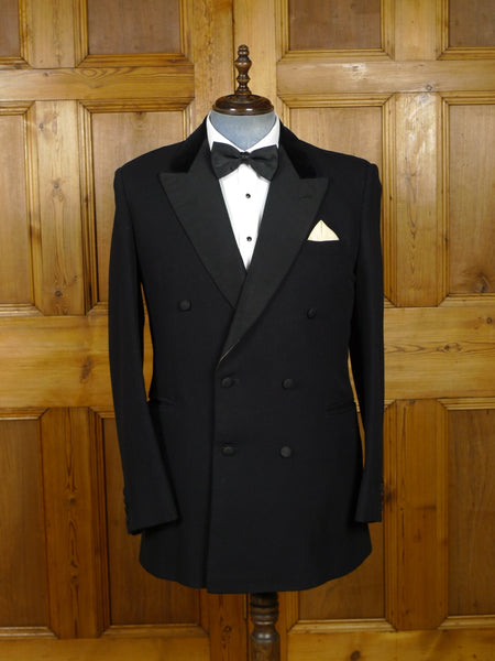 18/1532 vintage 1960s savile row quality canvassed black barathea wool / grosgrain silk d/b dinner jacket w/ silk-velvet collar 42 long