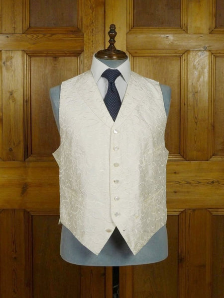 18/1596 quality ivory white embroidered silk waistcoat 50 long