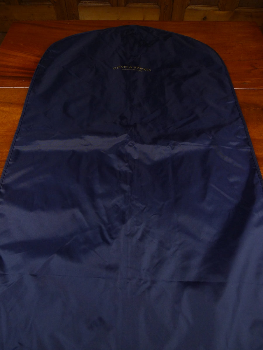 18/1788 immaculate gieves & hawkes savile row blue woven plastic suit bag carrier