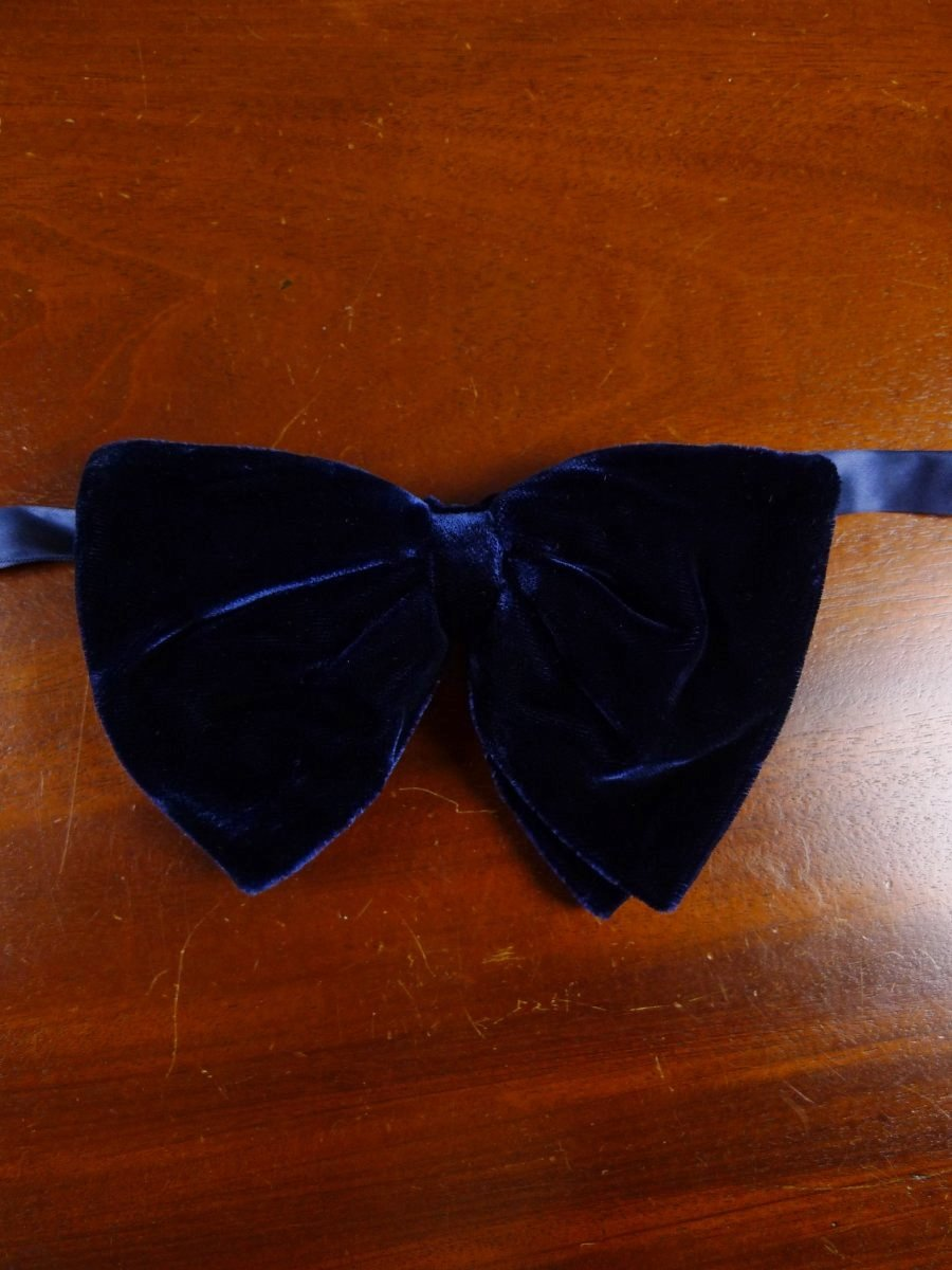 18/1855 vintage blue velvet evening dress bow tie one size