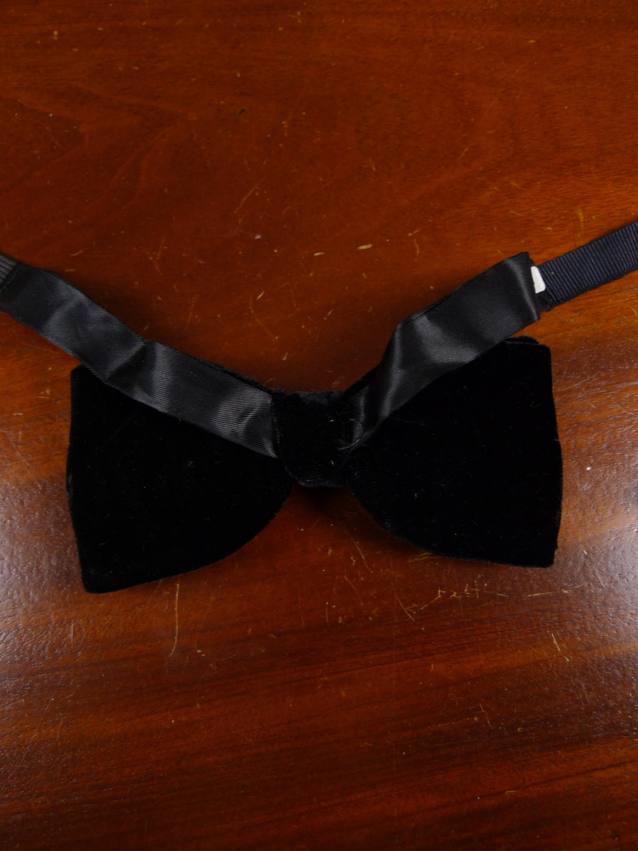 18/1866 vintage black velvet evening dress bow tie one size