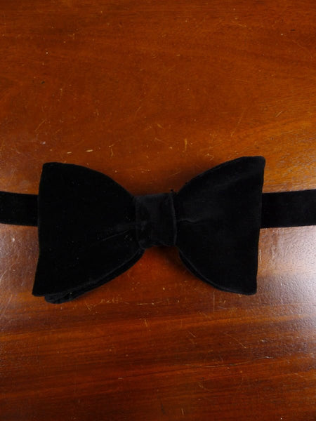 18/1868 vintage black velvet evening dress bow tie one size