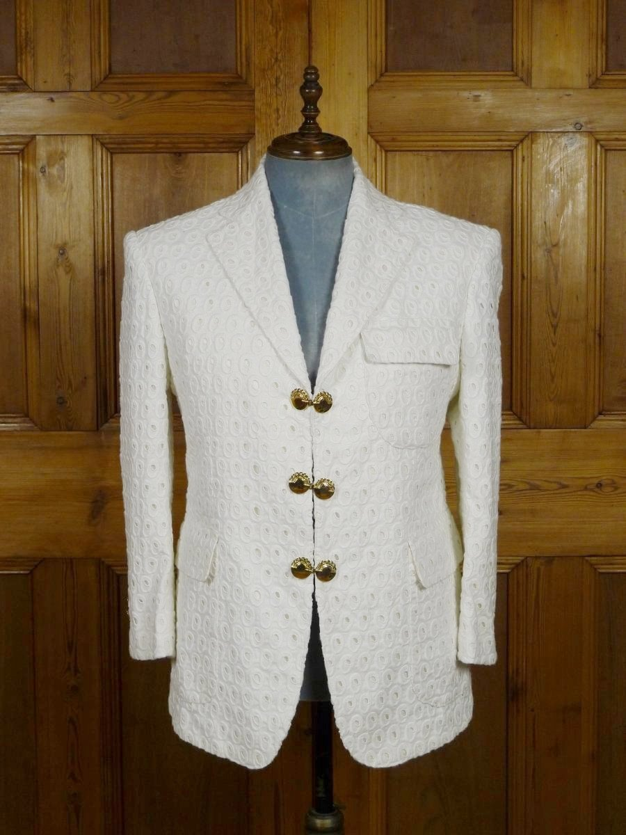 19/0092 SANTARELLI SARTORIA LUXURY ivory white textured SPORTS JACKET BLAZER W/ gold buttons 41-42 SHORT