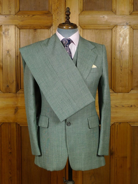 19/0064 wonderful 1970s vintage Lord John Carnaby Street 3-piece green wool & mohair suit 37-38 regular to long