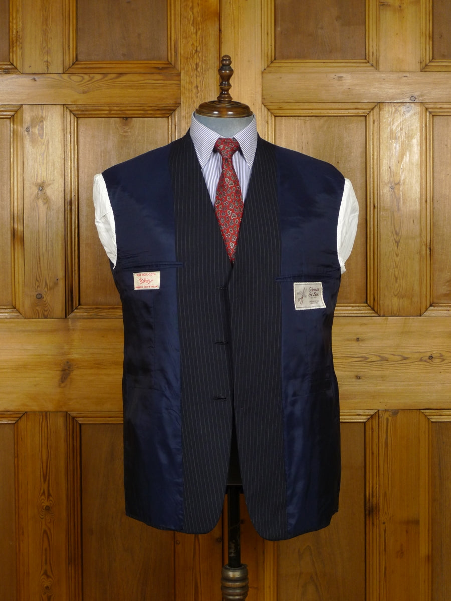 19/0146 immaculate vintage bespoke tailored canvassed navy blue pin-stripe wool suit 44 short to regular
