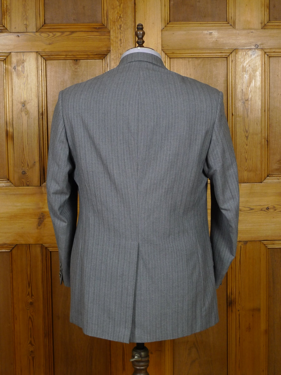 19/0174 vintage 1980s bespoke tailored heavyweight grey pin-stripe worsted boot-cut suit 43 regular