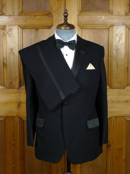 19/0226 wonderful vintage bespoke tailored black barathea dinner suit w/ silk facings 40 short to regular