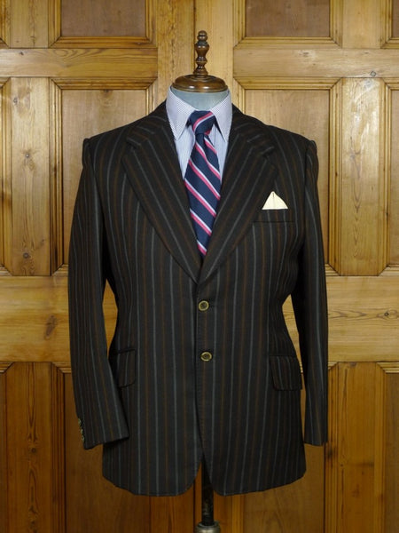 19/0256 wonderful vintage bespoke tailor canvassed worsted boating style sports jacket blazer w/ paisley linings 43 short to regular