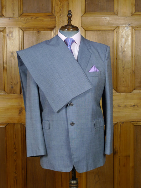 19/0261 wonderful vintage bespoke tailored canvassed pale blue nailhead weave suit w/ paisley linings 45 short to regular