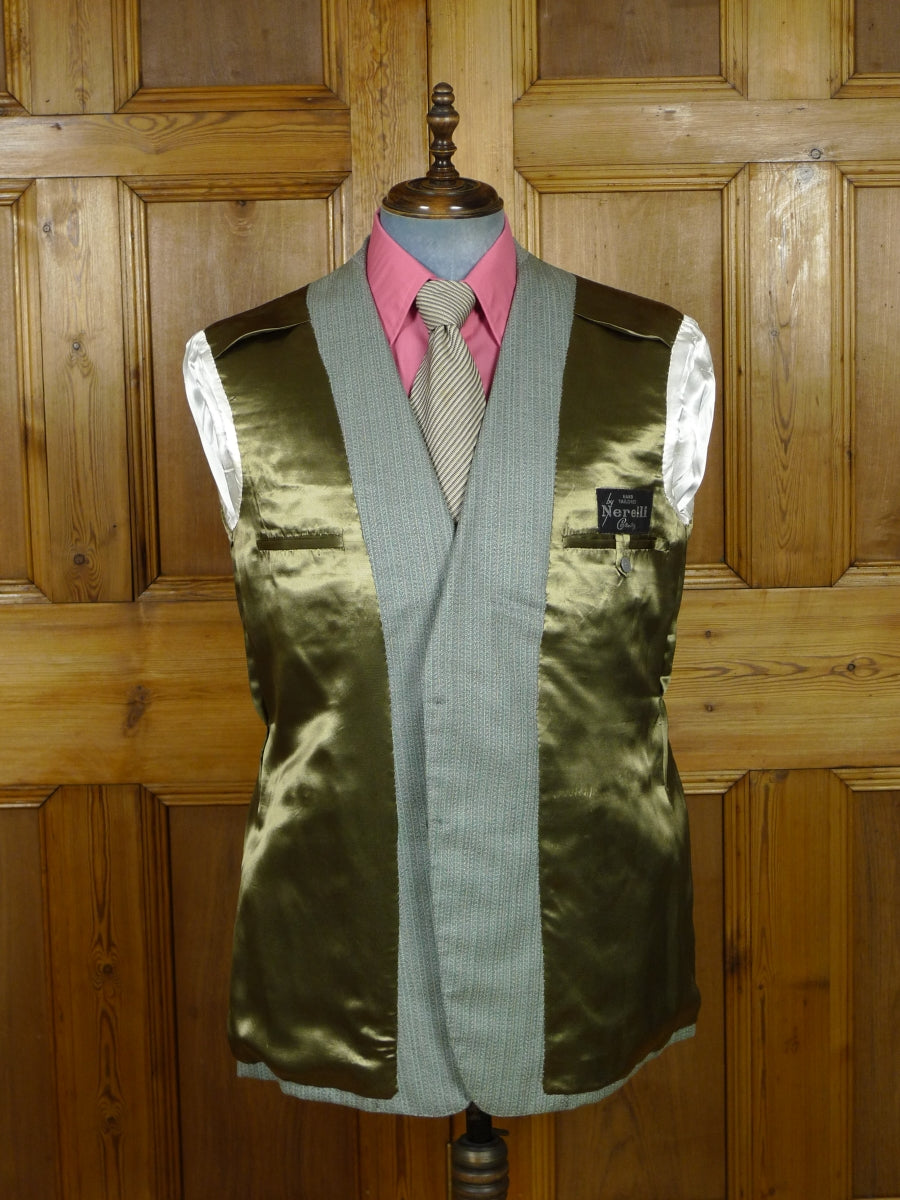 19/0326 wonderful vintage bespoke tailor heavyweight canvassed green multi-herringbone stripe boot-cut suit 45 short to regular