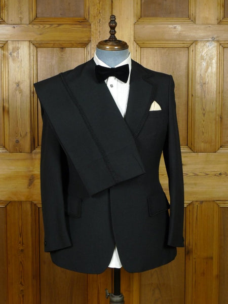 19/0381 immaculate vintage late 1970s austin reed london distinctive black wool mix dinner suit w/ braiding 37-38 regular