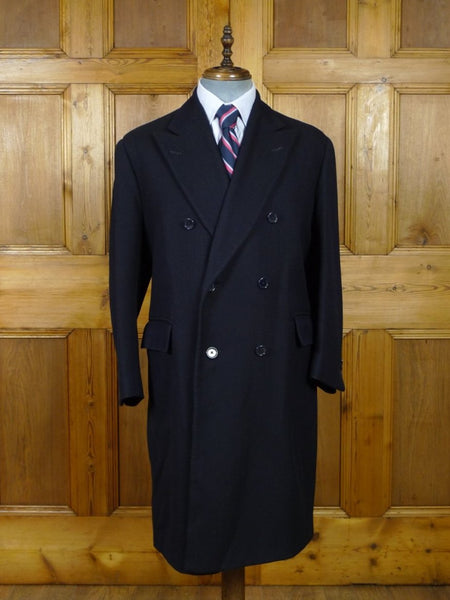 19/0405 superb vintage n.h. chapman savile row bespoke navy blue herringbone d/b overcoat 40-41 short